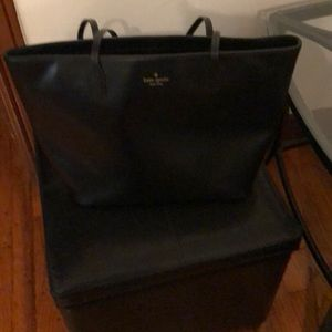 Kate Spade Tote/Handbag - Black